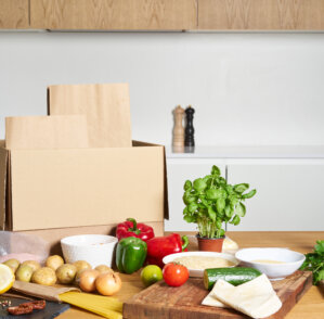 READY-TO-EAT MEAL KITS